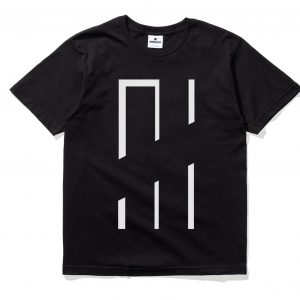 apparel_t-shirts_undefeated_oversize-tee_5900877.view_1.color_black